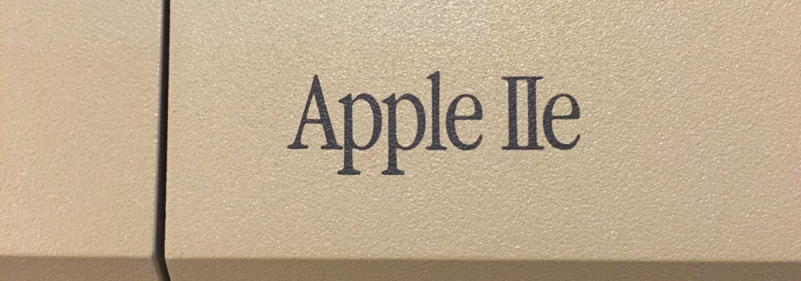 Apple IIe Platinum Badge